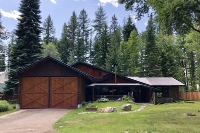 Steps Away Cabin #1 Located in West Glacier
