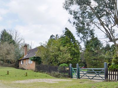 Photo for 2 bedroom accommodation in Shobley, near Ringwood