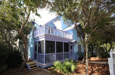 "Photo for In Seaside Proper ""Snail's Pace"" 41 Savannah,2 BR/2 BA,Tower"
