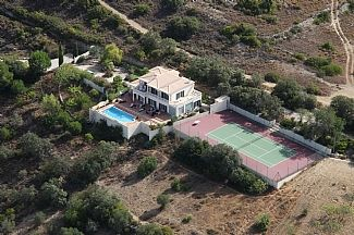 Aerial photograph of villa, court and surrounds
