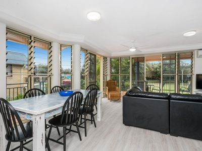 Photo for 3/60 Lawson Street ,Byron Bay- Seabreeze