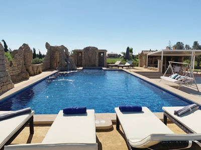 Photo for Apartment With Pool 10 Minutes from Palma center
