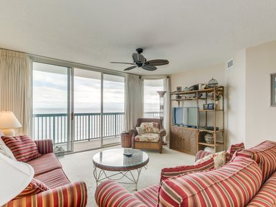 Photo for Spacious Oceanfront condo, walking distance of Main St., great amenities!!
