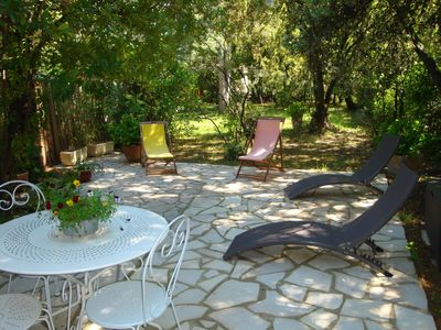 Photo for Studio 2 people., Air conditioned and furnished with 15min of Avignon and Isle sur la Sorgue