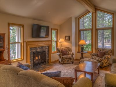 Photo for 9 Hoodoo - Perfect Location on Ft Rock Park - SHARC Passes, Ping Pong, Hot Tub, Fireplace