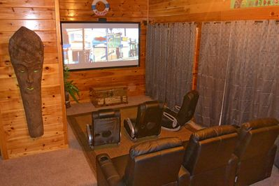 Theater Room! 100-inch HD Screen,Theater Seats, Surround Sound, Blu-Ray & Cable