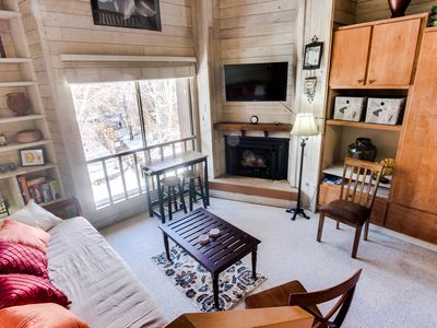 Photo for Rustic-chic studio w/loft, near Dollar Mountain! Includes shared pool & hot tubs