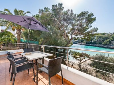 Photo for Air-Conditioned Holiday Apartment with Sea View, Wi-Fi, Pool and Balcony; Parking Available