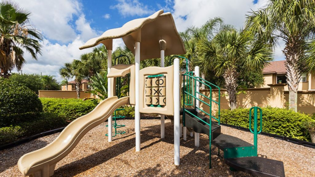4 Bedroom Executive Townhome near Disney