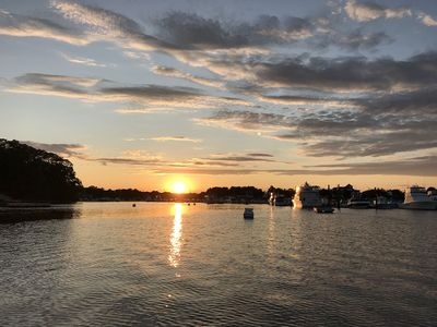 Ryal Side Hideaway Cove-Soak up the beautiful views of the sunsets over Danvers River.