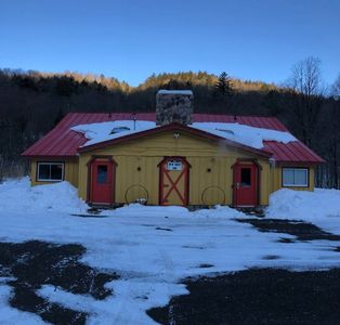 Photo for Killington Rt. Side of Duplex,  Outside HotTub, Charming, Cozy, Clean