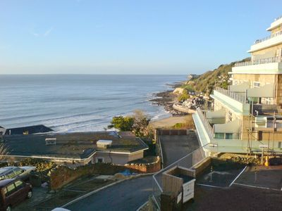 Photo for 2 bedroom property in Ventnor. Pet friendly.