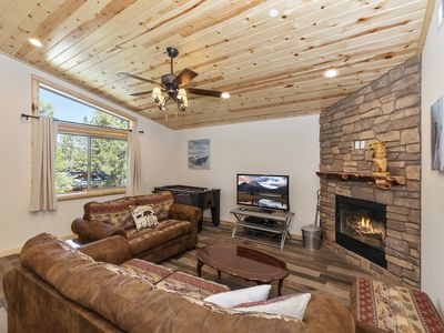 Photo for 42 Wrens Nest: Luxury! Walk to Meadow Park & the Lake! Near Snow Summit! Foosball Table! Hot Tub!