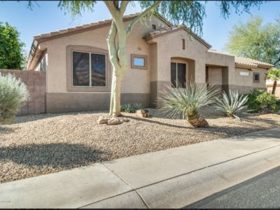 Beautiful 2BR Home In Sun City Grand Gated Community W/ Communal Pool & Golf.