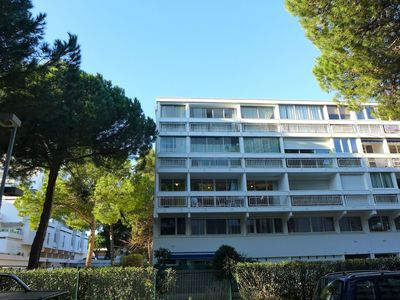 Photo for Lovely apartment for 6 guests with WIFI, TV, balcony and pets allowed