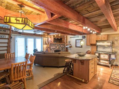 Photo for Ski-in/walk-out condo that sleeps 10, outdoor hot tub, free wifi, & parking.