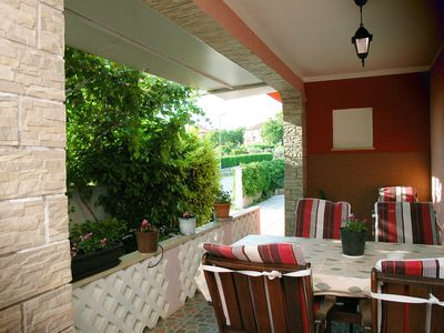Photo for 4 to 6 people, barbecue, terrace, 105 sqm, parking, close to the beach, comfortable,