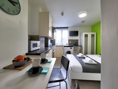 Photo for Studio 25 min to Piccadilly Circus, Willesden Junction, London #WJA