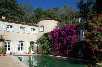 Photo for CHARMING APARTMENT - 40 M2 - IN CHARMING PROVENCAL BASTIDE