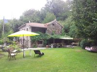 Traditional house in lovely mountain setting. Easy access to coast, rivers and local towns.