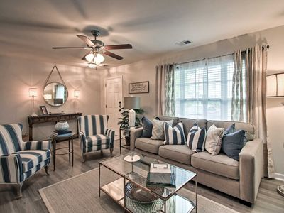 Photo for Cozy Townhome w/Pool -15Mins to Downtown Savannah!