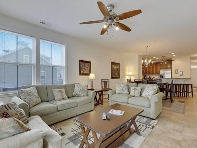 Photo for Luxury Bayfront Resort Condo - FREE Wi-Fi, Ind/Outdoor Pool & Fishing Pier