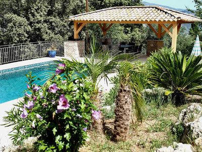 Photo for Apartment facing the pool in private villa between Nice and Cannes near the sea