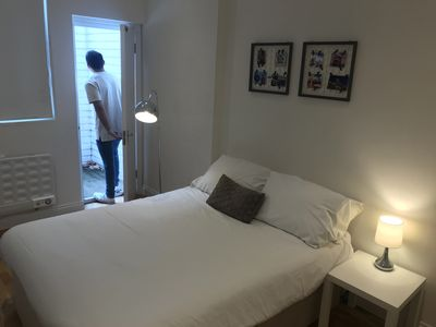 Photo for Huge Flat between Liverpool St & KingCross *OldSt*