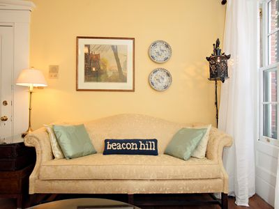Photo for Beacon Hill Townhouse walking distance to Massachusetts General Hospital