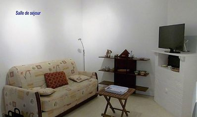 Photo for Apartment T3 in quiet Villa 2 steps from St Jean street and the beach