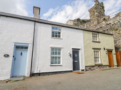 Photo for 15 Sea View Terrace, CONWY
