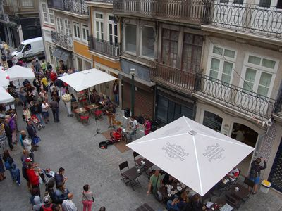 Cozyspace with plenty of natural light, located in the most vibrant area of porto