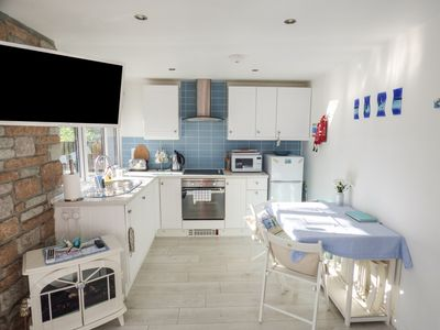 Photo for STARFISH REST, pet friendly, with pool in St Ives, Ref 969639