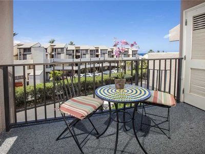 Photo for Large open loft condo 2bd/2ba in bldg 8 at Kamaole Sands sleeps 6. 8-403
