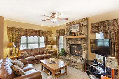 Gorgeous Living Room w/Gas Fireplace
