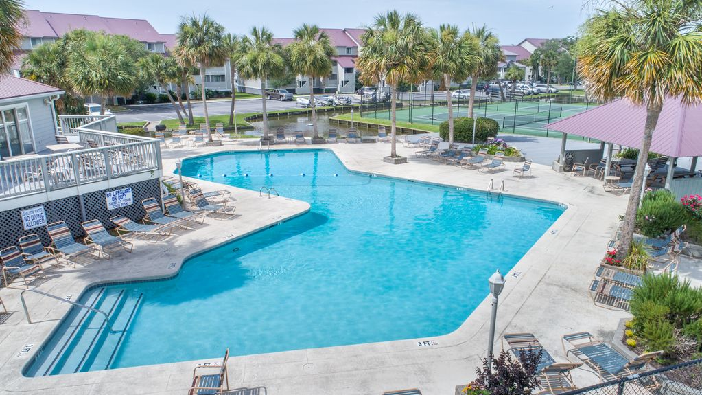 13 MARINERS CAY~ RIVERFRONT~ POOL~TENNIS~ GRILL AREA~ GATE ...