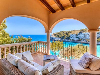 Photo for Fantastic Villa with Seaview, Loggia, Airconditioning and Wi-Fi