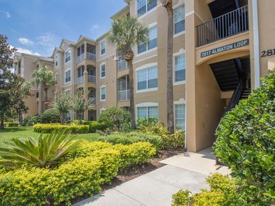 Photo for Charming 3 bedroom, 1st floor Condo in Windsor Hills - JUST STEPS FROM THE POOL!
