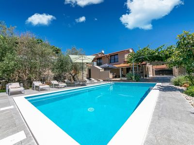 Photo for Holiday home in Visnjan, ideal for two families, with private pool, Porec 13 km