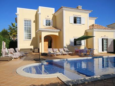 Photo for Luxury 4 Bedroom villa close to Vale Do Lobo