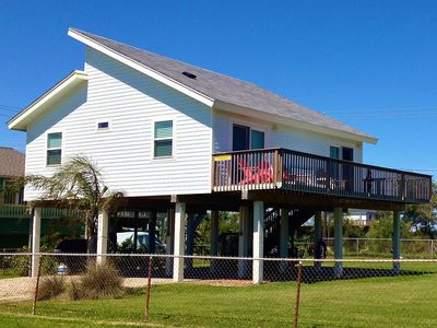 Photo for Relaxing Beach House short walk from beach with 2/1 + Loft Sleeping 7!