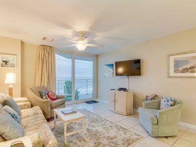 Photo for Spacious oceanfront condo, with wonderful views + FREE DAILY ACTIVITIES!