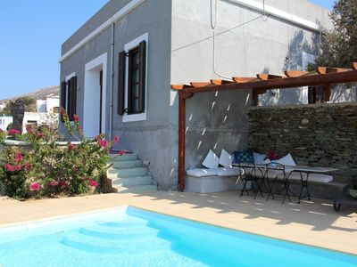 Photo for Beautiful villa with pool, directly at the sea, wifi, 8 pers. | Syros, Kyklades