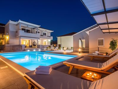 Photo for Villa Bego - 3 bedrooms, summer kitchen, heated private 9*4,5m pool with a jacuzzi attached