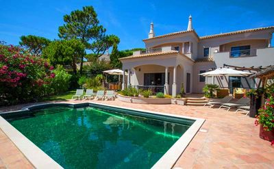 Photo for Luxury Dunas Dourdas villa only 3 minutes from the beach. Beautiful private pool ER14