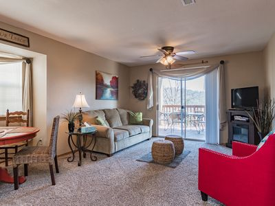 Photo for Relaxing Condo next to Silver Dollar City & Table Rock Lake. Beautiful Views!