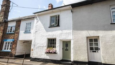 Photo for Beautiful character cottage, Crediton - Mid Devon