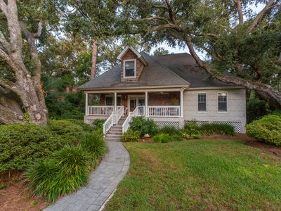 Photo for Adorable 2 bed/2 bath beach cottage on East Beach on St. Simons Island!
