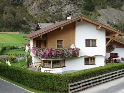 Photo for Cozy apartment in Neustift with free entry to the swimming pool
