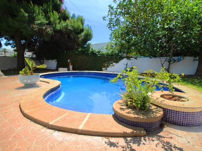 Photo for Magnificent villa in the best area of ​​Aguadulce